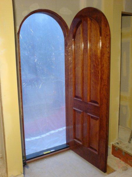 interior-wood-door-staining-60647.jpg