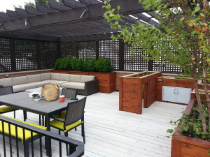 Check out this awesome garage rooftop space!